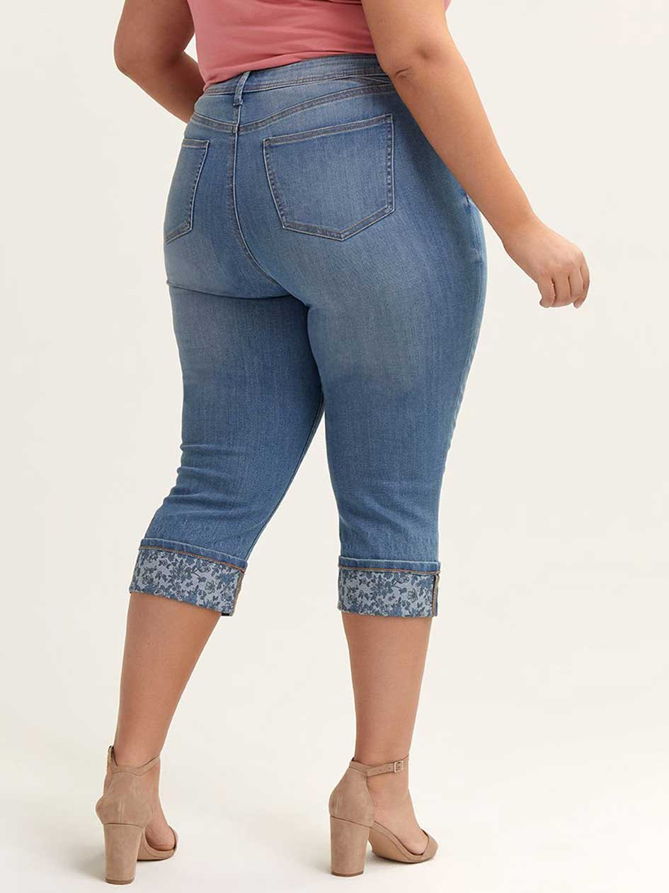 Petite - Slightly Curvy Straight Leg Capri with Printed Rolled Cuffs - d/C JEANS