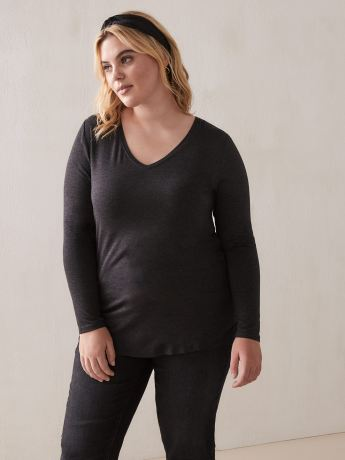 Long Sleeve V-Neck T-Shirt - Addition Elle