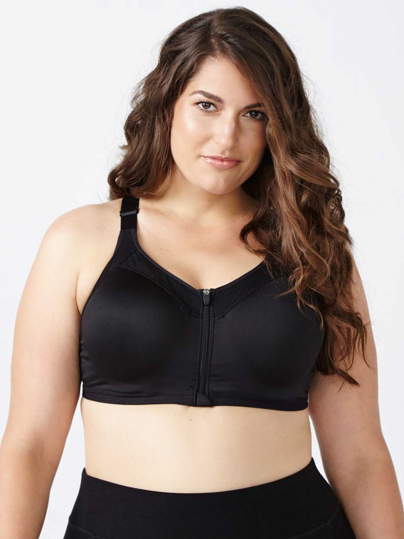 8e071f2d9b Sports Bra with Front Zip - ActiveZone