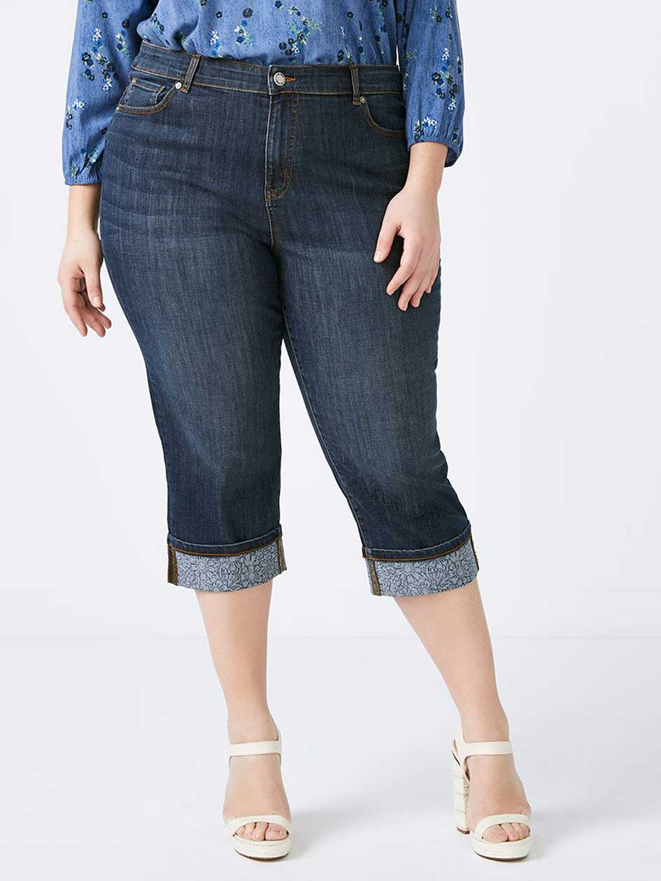 Petite Slightly Curvy Fit Denim Capri with Printed Cuffs - d/C JEANS