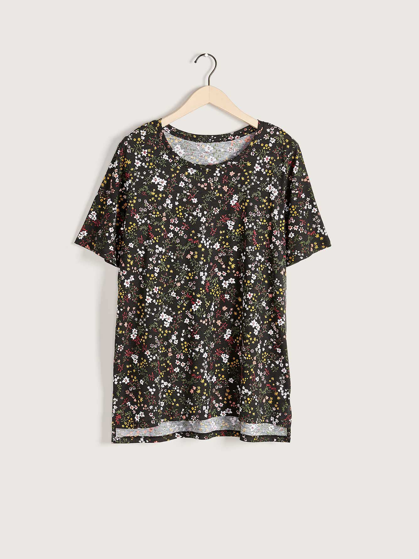 Printed Scoop-Neck T-Shirt - In Every Story