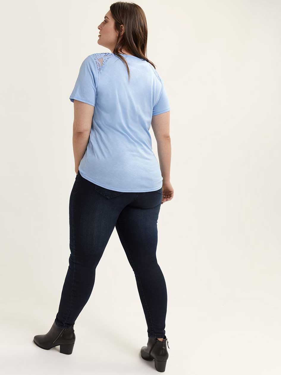 Curve Fit Short Sleeve Top with Lace - d/C JEANS