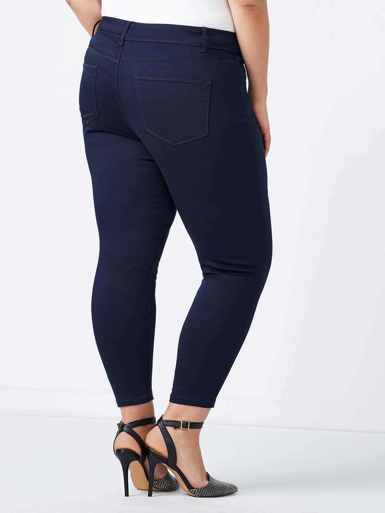 Petite - Superstretch Jean Legging - In Every Story