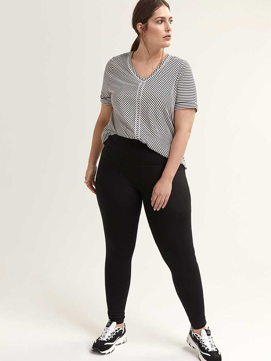 d7ee9ad8c3 Plus Size Activewear & Sportswear| ActiveZone| Penningtons