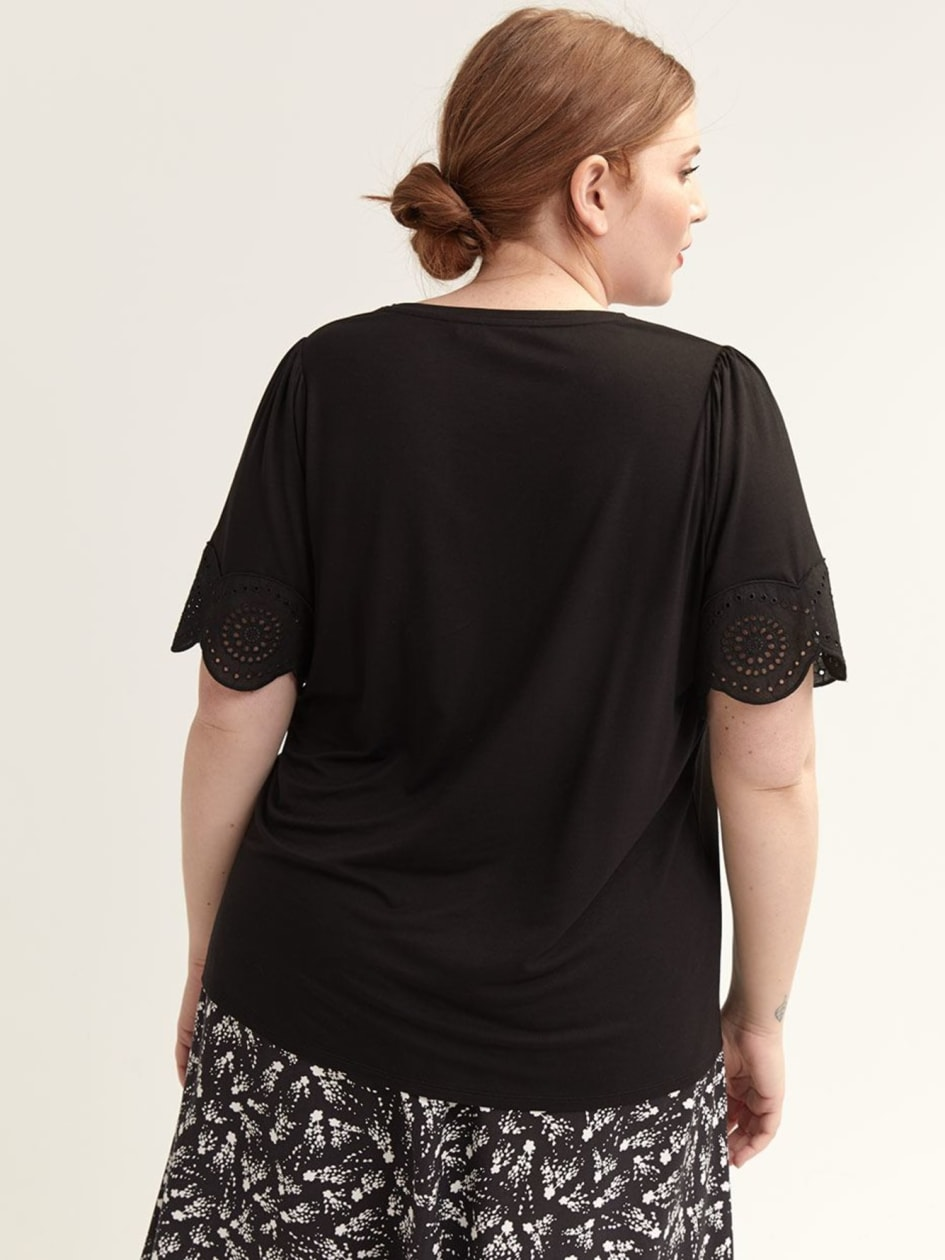 T-Shirt with Short Flutter Sleeves & Embroidery