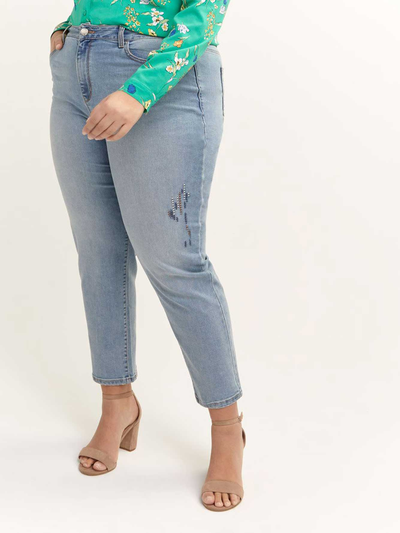 Cropped Slightly Curvy Straight Leg Jean with Hand-Stitched Detail - d/C JEANS