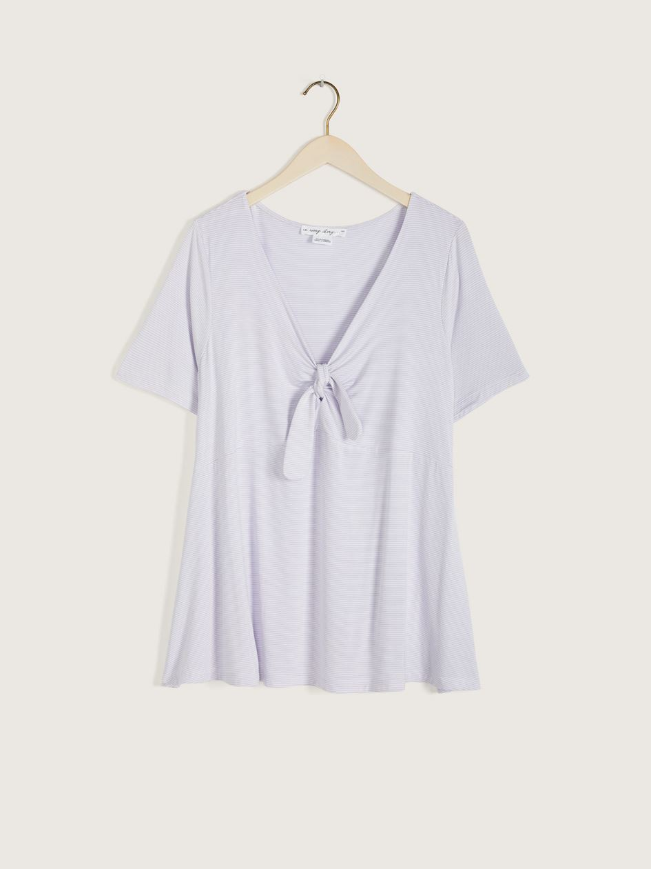 V-Neck Short Sleeve Swing T-Shirt - In Every Story