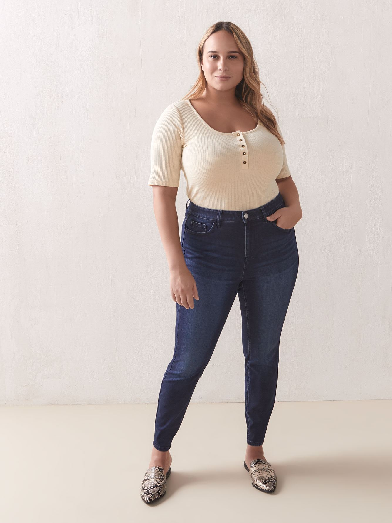 Short-Sleeve Henley Ribbed Top - Addition Elle