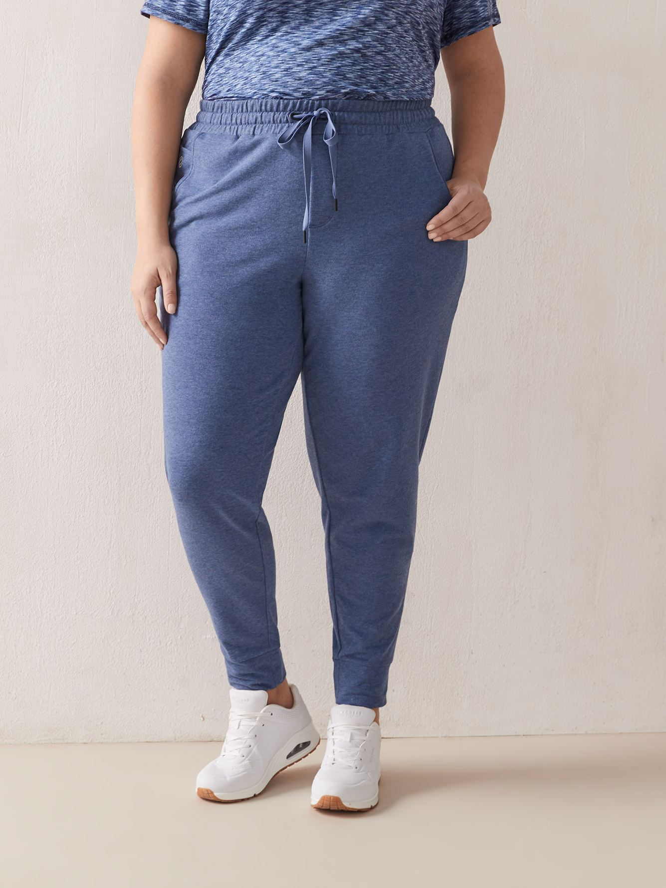 French Terry Jogger With Pockets - Active Zone