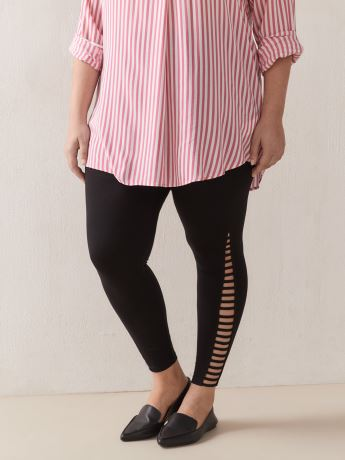 Solid Legging With Side Lattice Detail - In Every Story