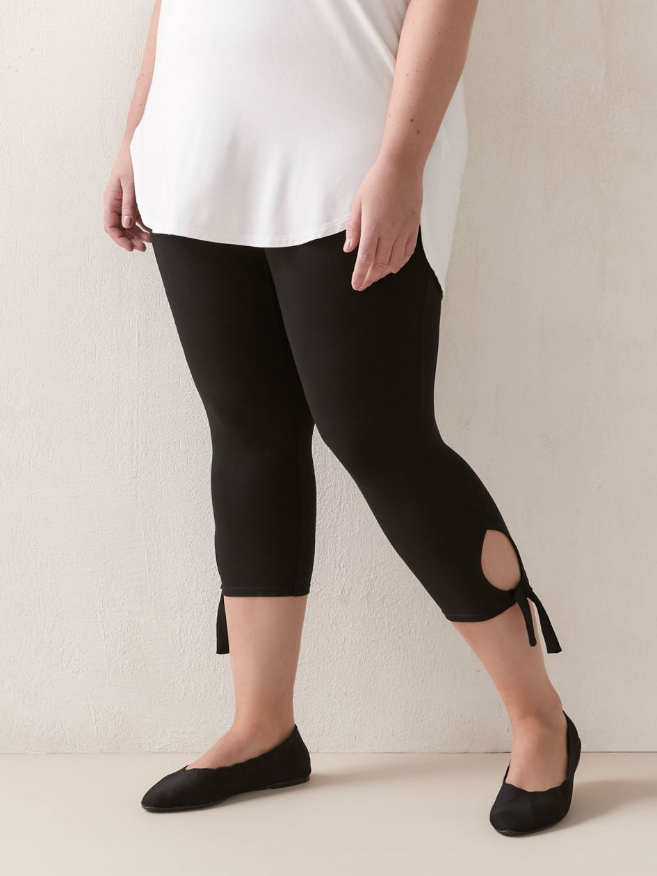 Solid Capri Legging with Bow