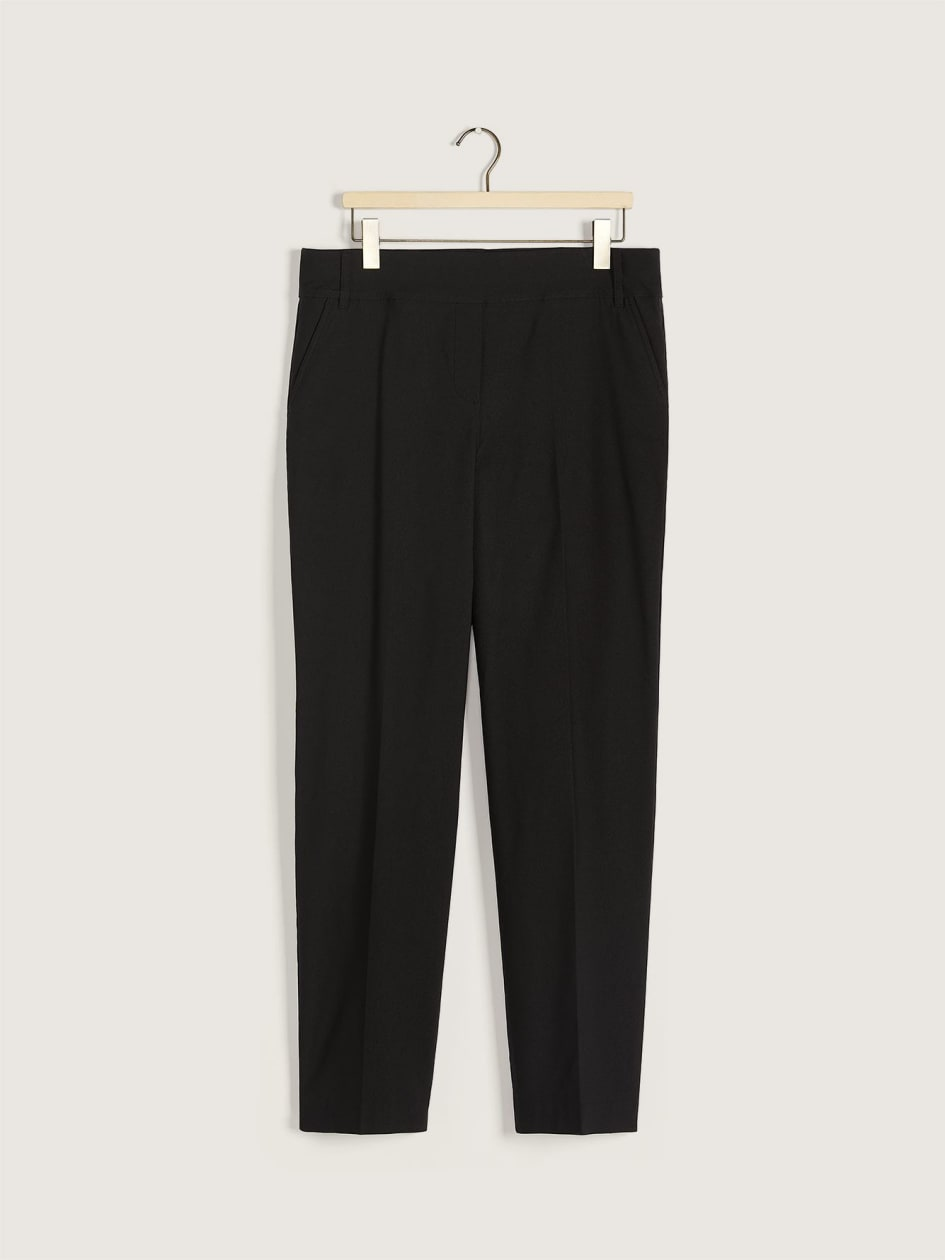 Savvy, Petite, Black Straight-Leg Pant - In Every Story