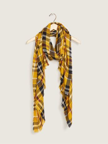 Plaid Scarf with Fringe - In Every Story