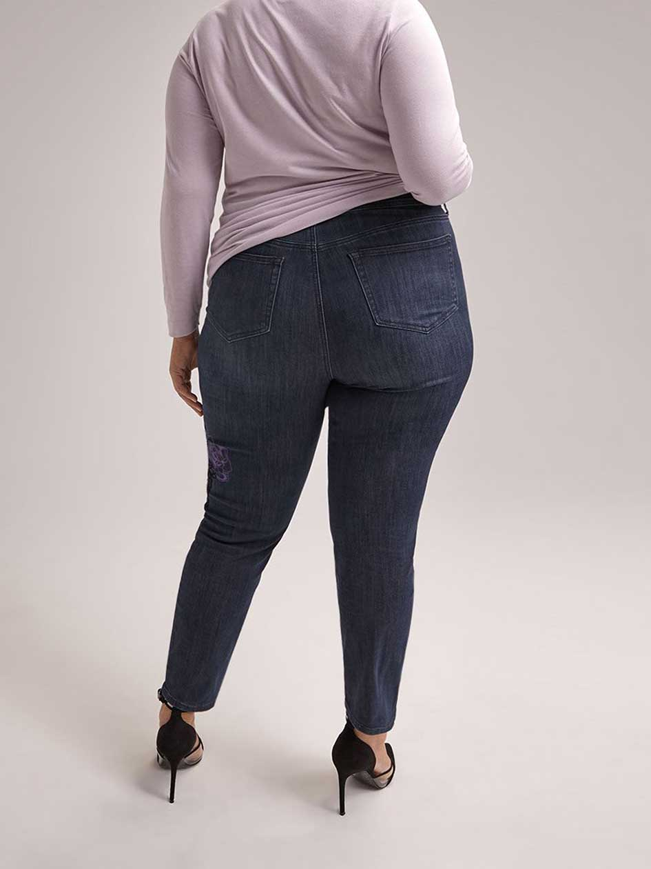 ONLINE ONLY - Tall Slightly Curvy Straight Leg Girlfriend Jean - d/C JEANS