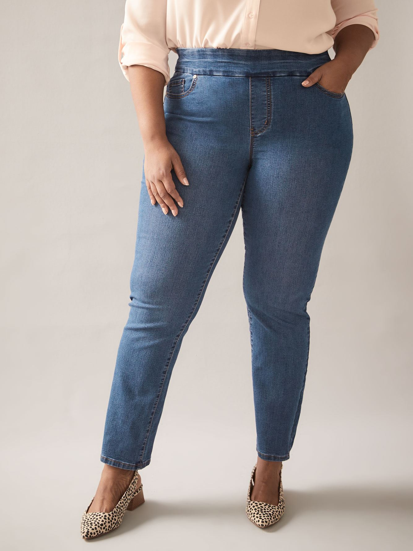 Savvy Fit, Straight Leg Blue Jeans - In Every Story