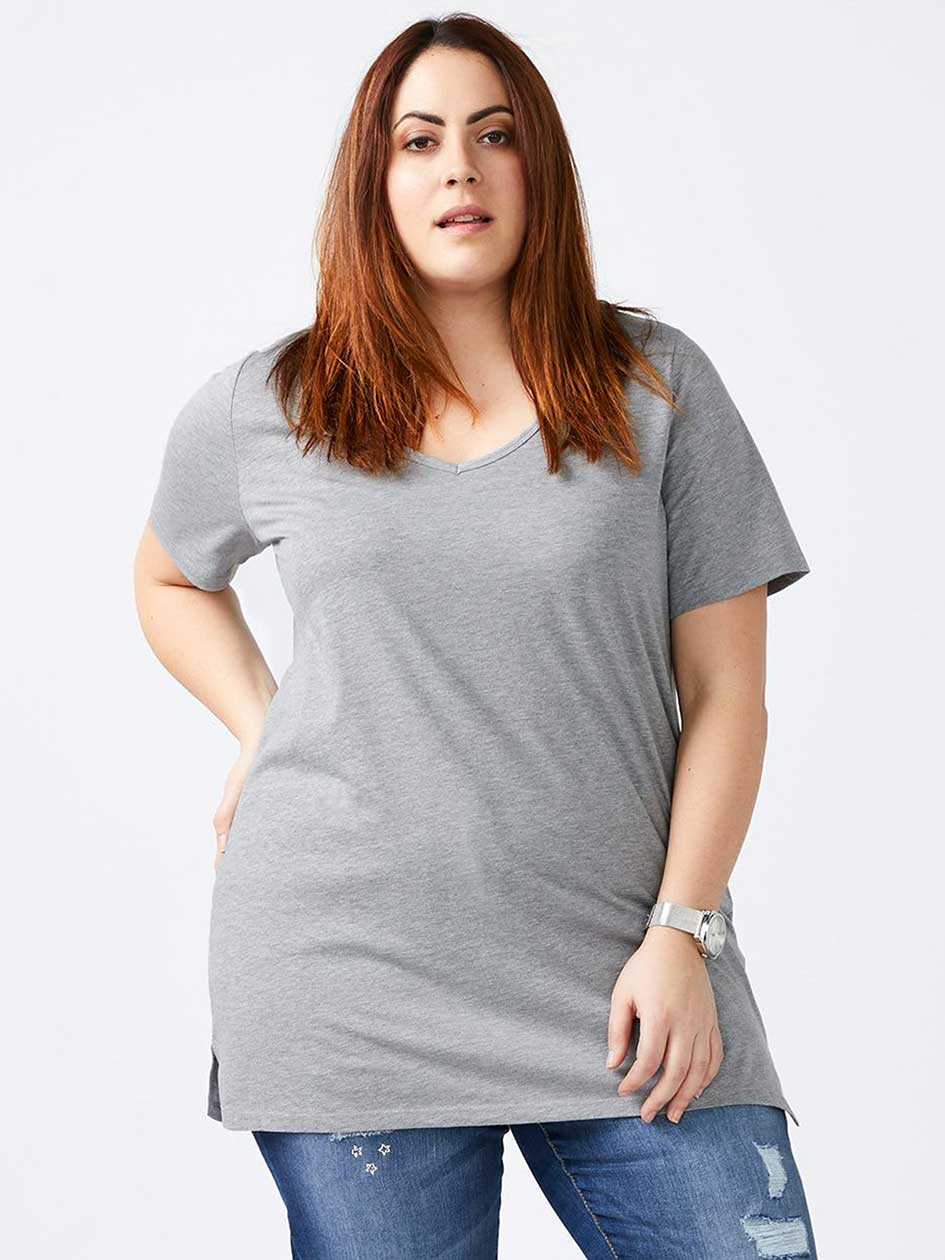 Girlfriend Fit - Basic V-Neck T-Shirt
