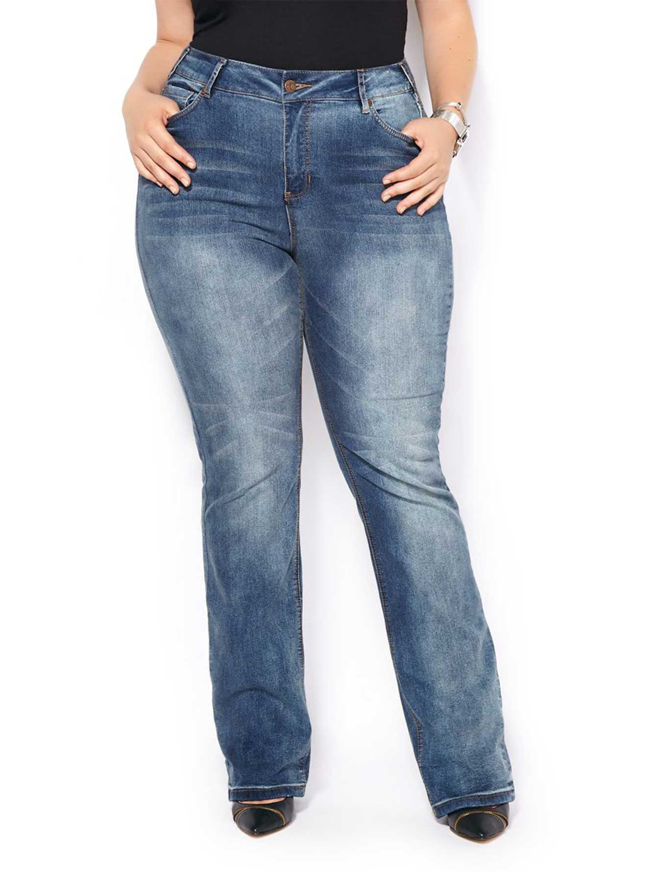 ONLINE ONLY - d/c JEANS Tall Slightly Curvy Fit Bootcut Jean | Penningtons