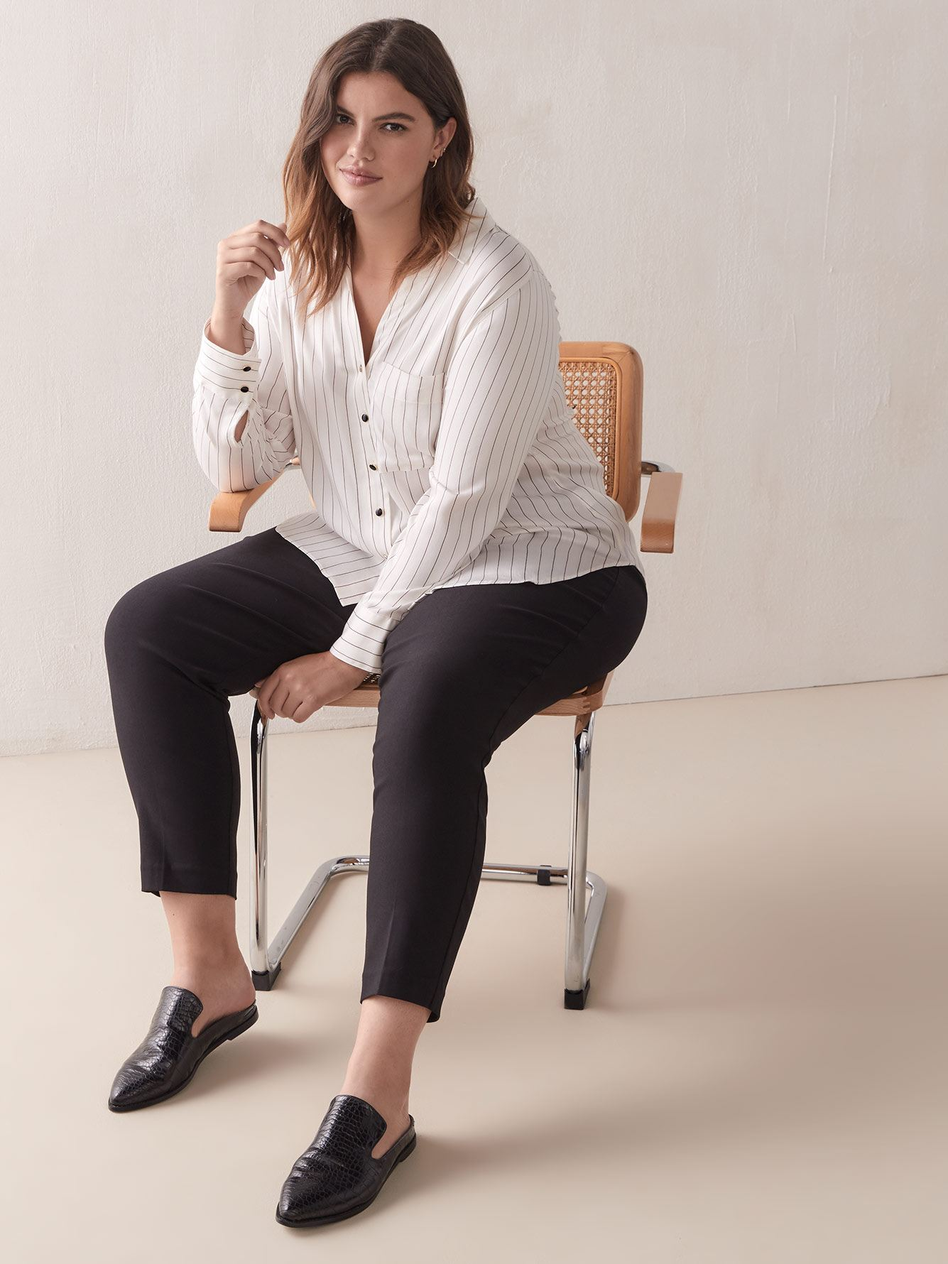 Savvy, Slim-Leg Ankle Pant - In Every Story