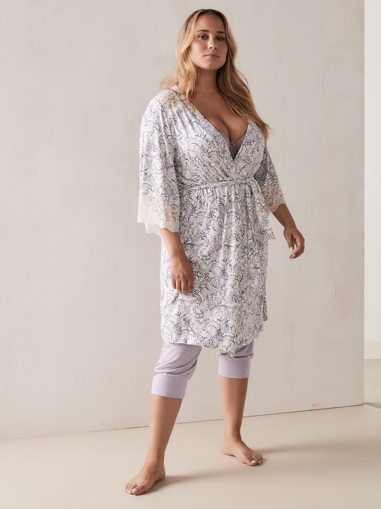 Printed Lounge Robe with Lace