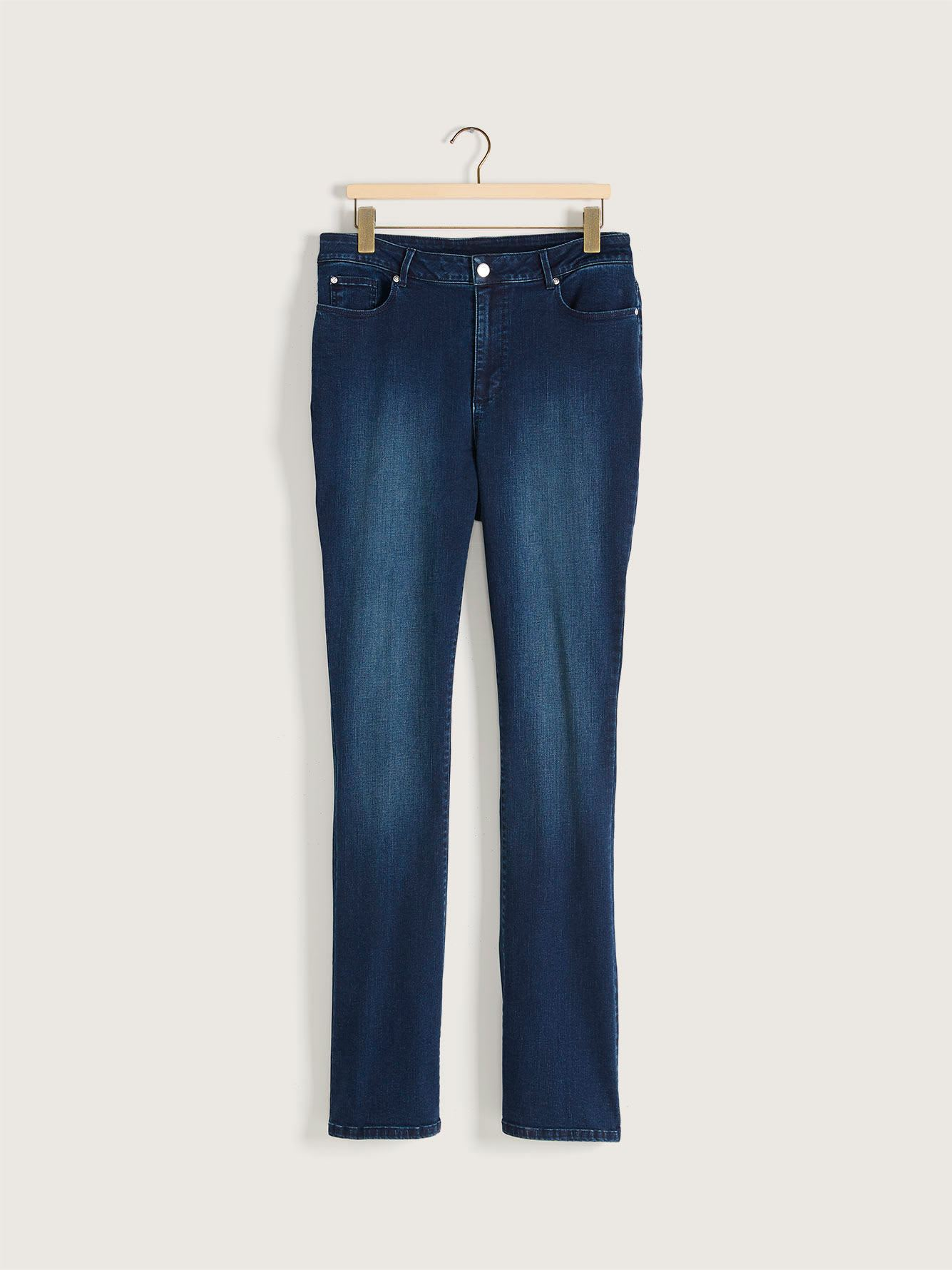 Universal Fit, Tall, Bootcut Jean - d/C JEANS