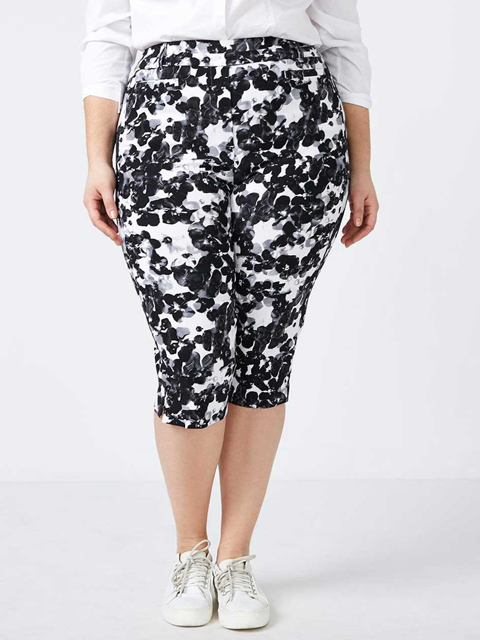 Savvy Soft Touch Floral Capri - In Every Story