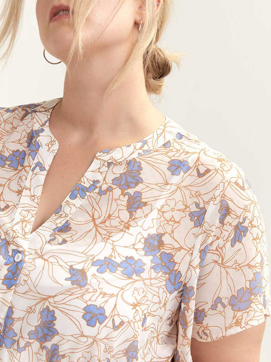 Printed Short Sleeve Blouse - In Every Story