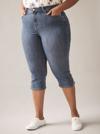 Straight-Leg Denim Capri with Zip - In Every Story