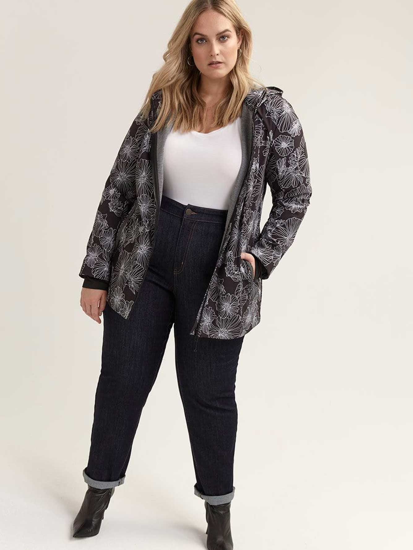 Plus Size Softshell Jacket - ActiveZone