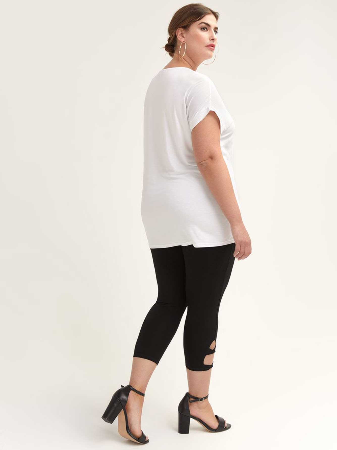Solid Capri Leggings with Twist Side Detail