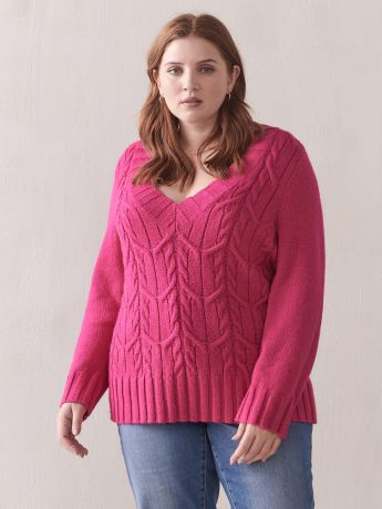 Cable Stitch V-Neck Sweater - Addition Elle