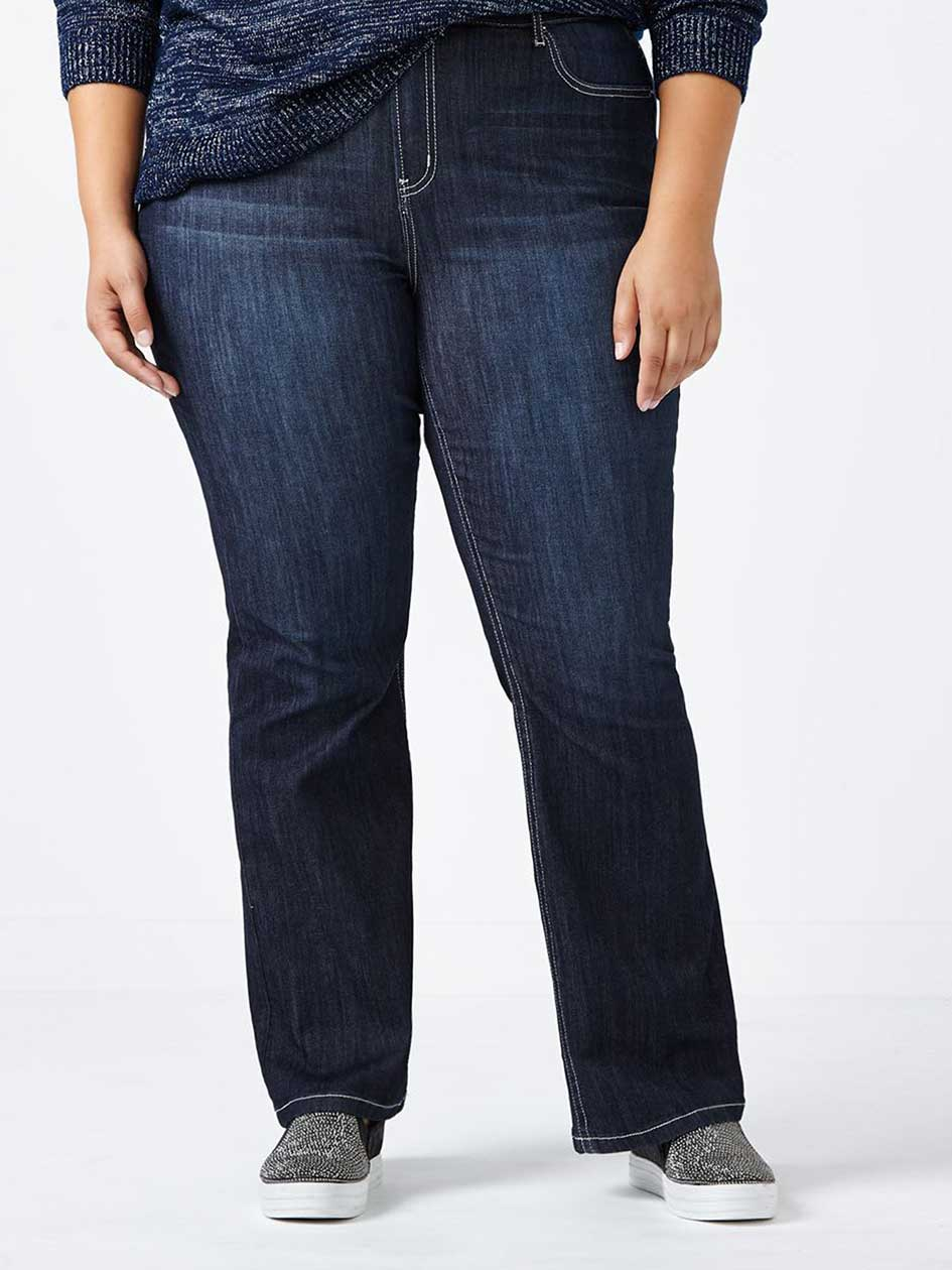 d/c JEANS - Slightly Curvy Fit Bootcut Jean with Embroidery