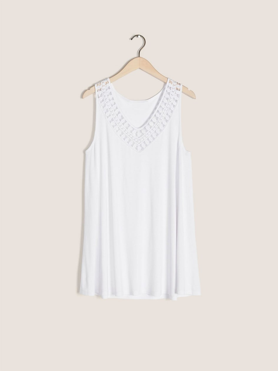 Crochet Scoop-Neck Tank Top - In Every Story