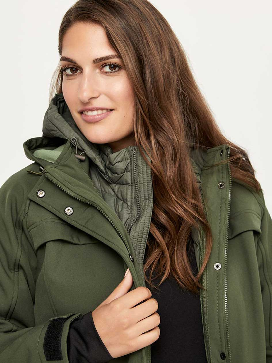 ONLINE ONLY - Packable Plus Size Hooded Jacket - ActiveZone