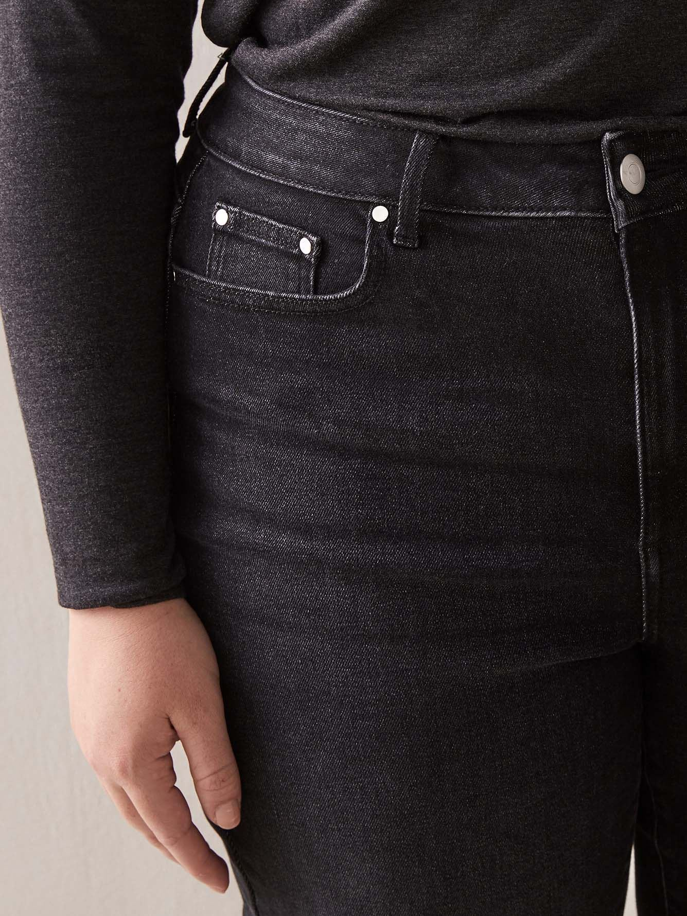 Cropped Staggered Hem Jean - Addition Elle