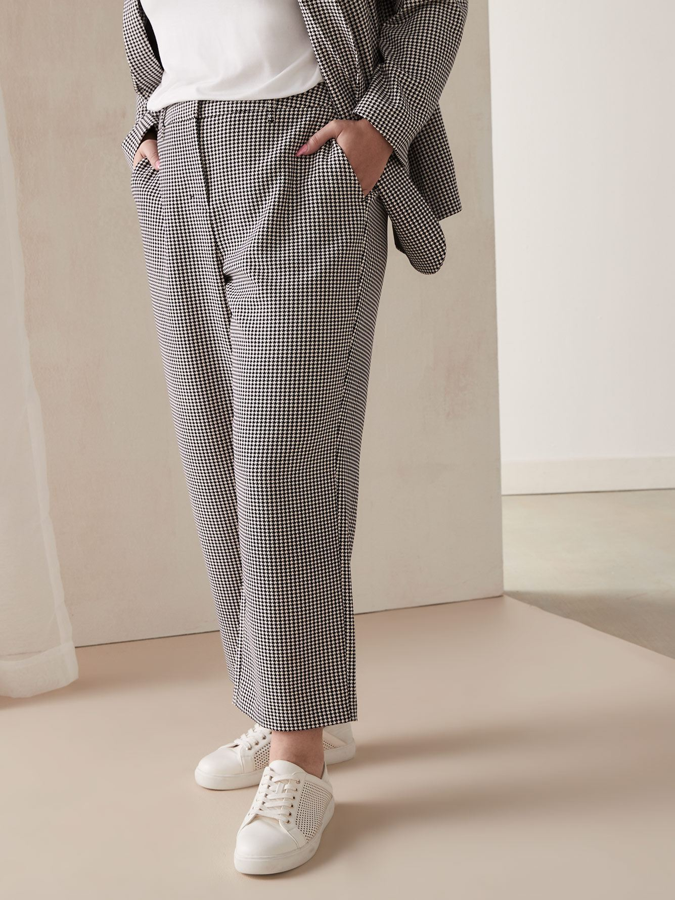 Houndstooth Wide-Leg Cropped Pant - Addition Elle