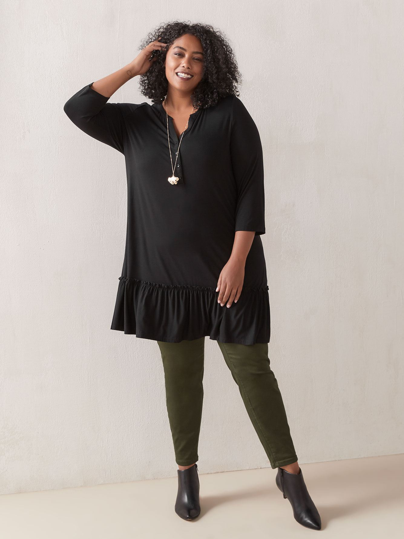 3/4 Sleeve Tunic Top with Frills - In Every Story