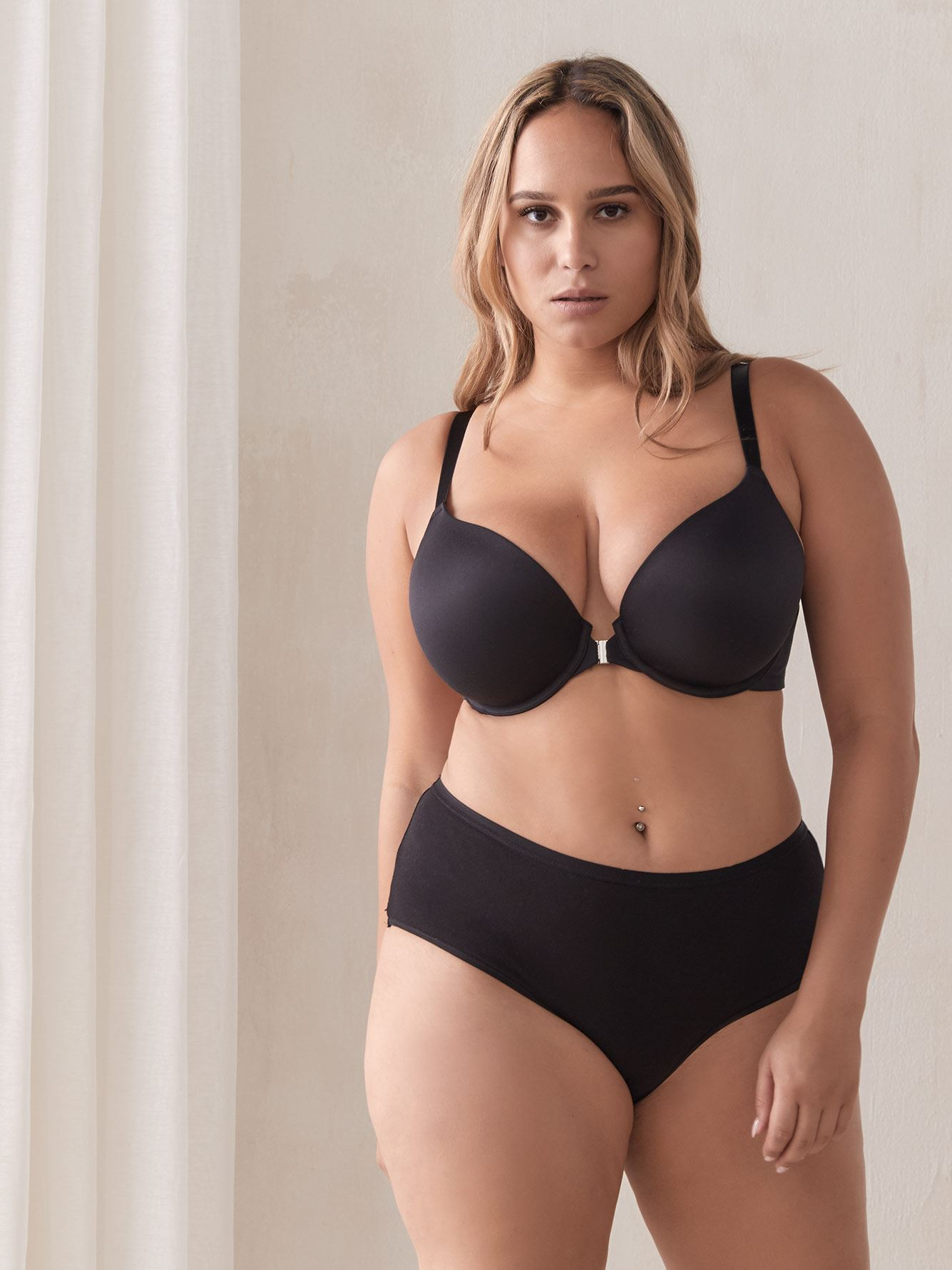 Plunge Front Closure Bra - Déesse Collection
