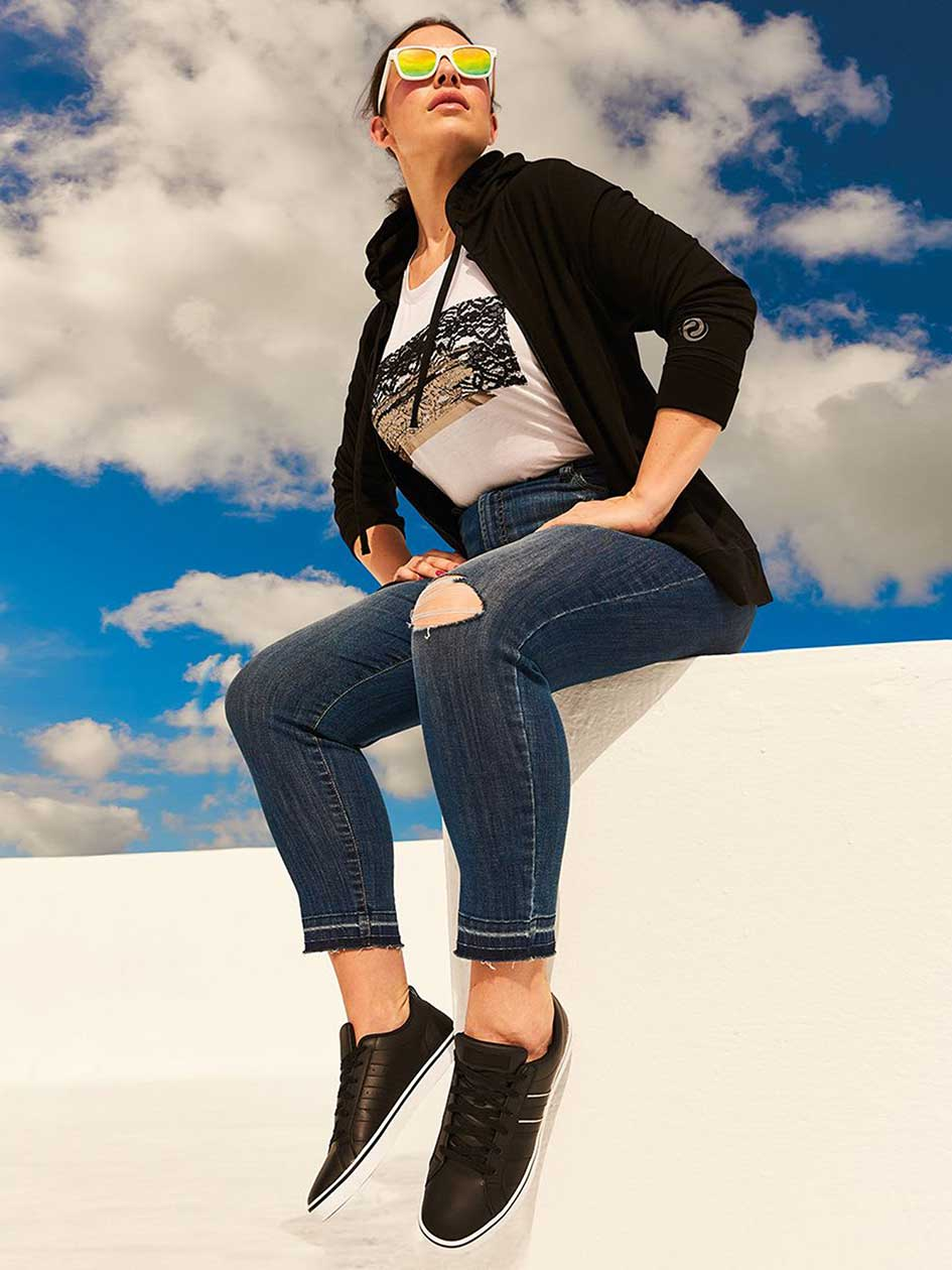 Curvy Fit High-Rise Skinny Jean - d/C JEANS