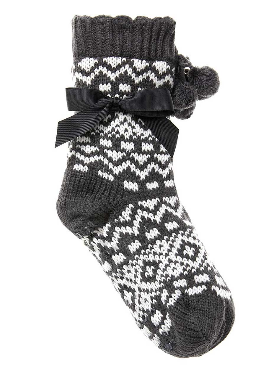 Patterned Knit Socks with Pompom