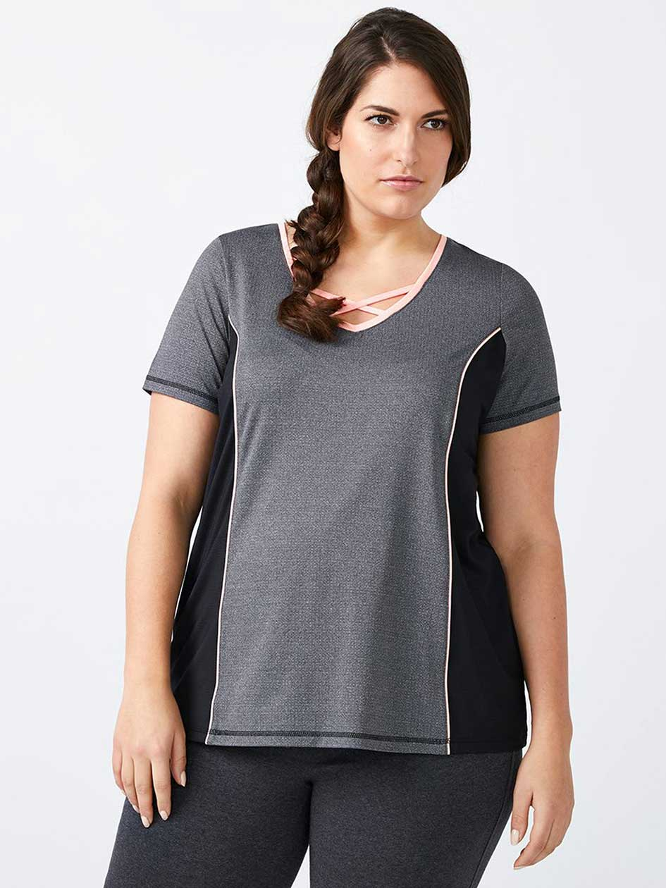 Essentials - Plus-Size T-Shirt with Criss-Cross Detail