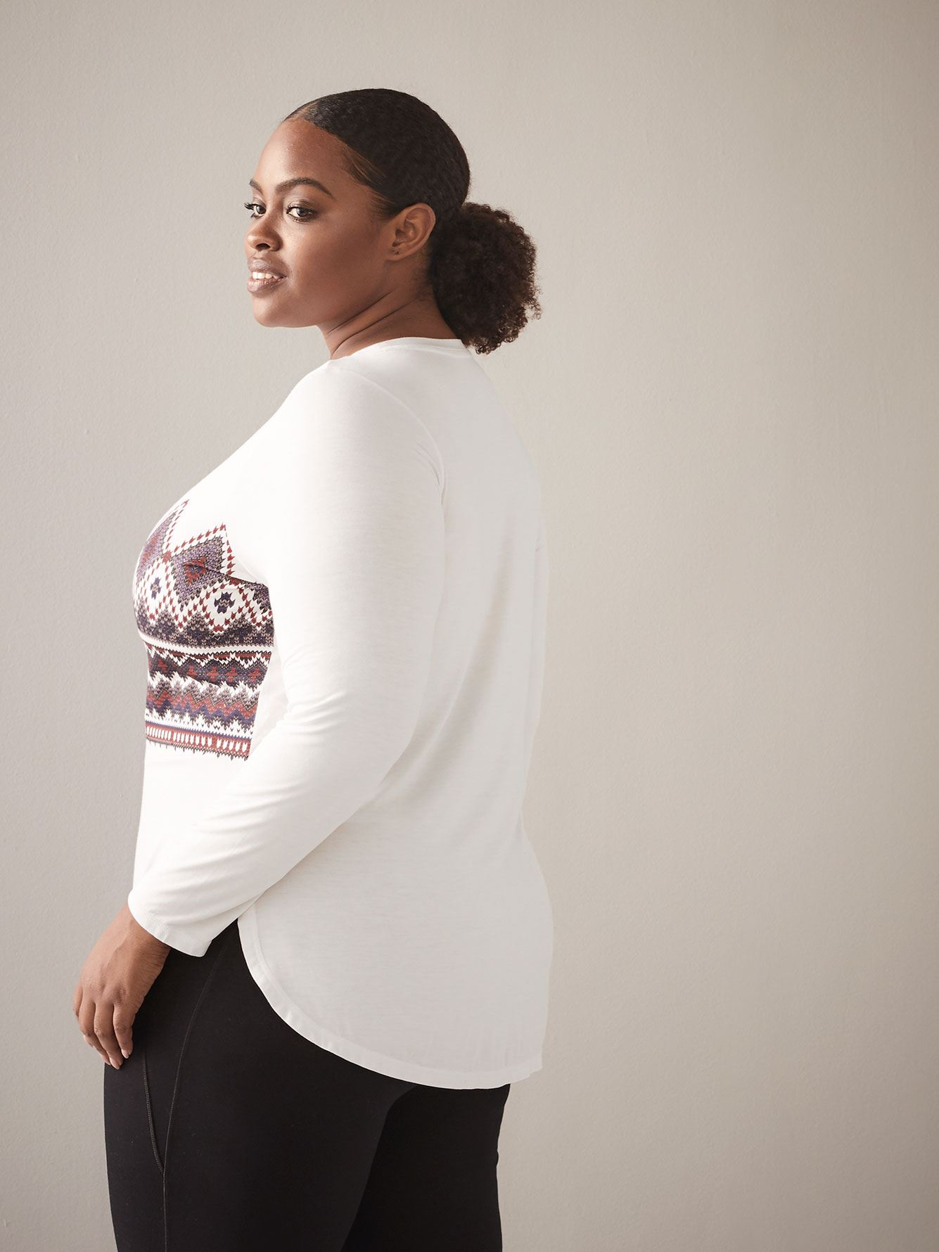 Round-Hem Long-Sleeve T-Shirt - ActiveZone