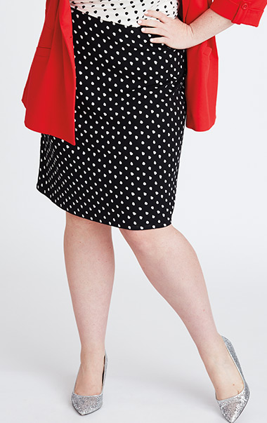 Fashionable Character Look 2 Image 3